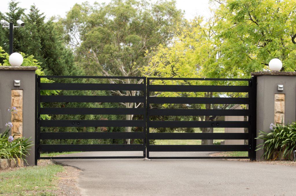 Metal Gates Installer